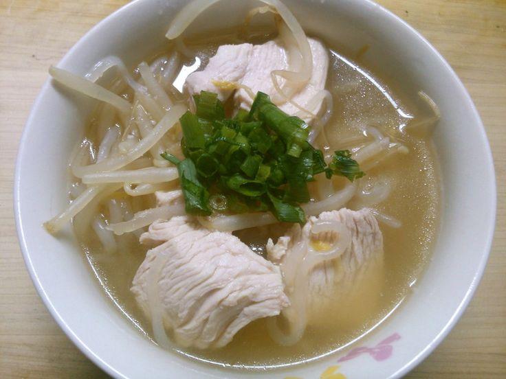 簡単 鶏むねと もやし 白滝の 塩スープ by 331ミミイ [クックパッド] 簡単おいしいみんなのレシピが226万品