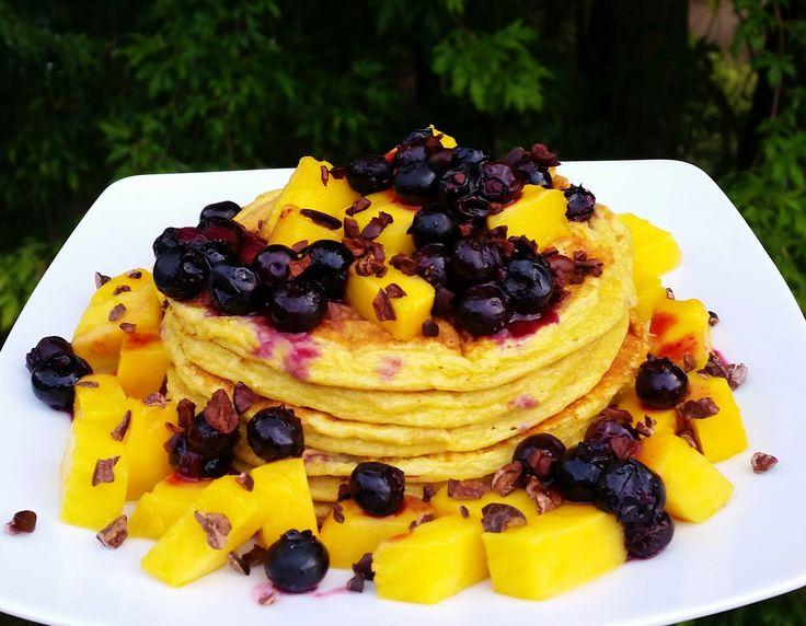 Vanilla Mango Blueberrie Protein Pancakes