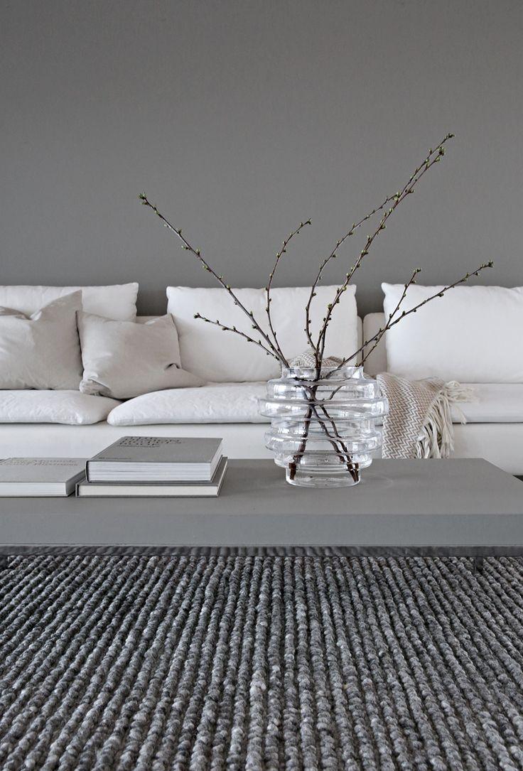 Greige living room Stylizimo