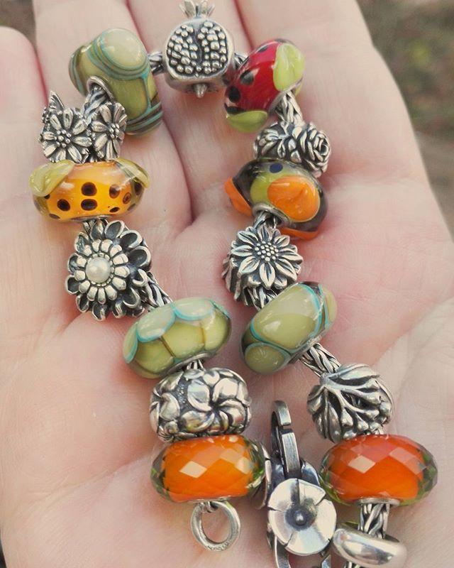 The whole bracelet Love, love love Redbalifrog and the native elements kit #redbalifrog #trollbeads #trollbeadslove