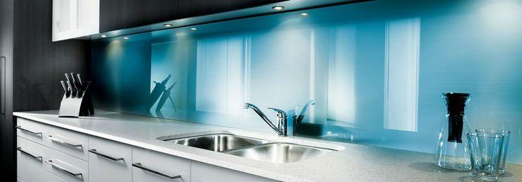 Decorative Kitchen splash-backs in modern colours
