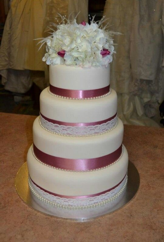 I made this Wedding cake about for a friend on her big day.. :)  Cake made by Sammi..