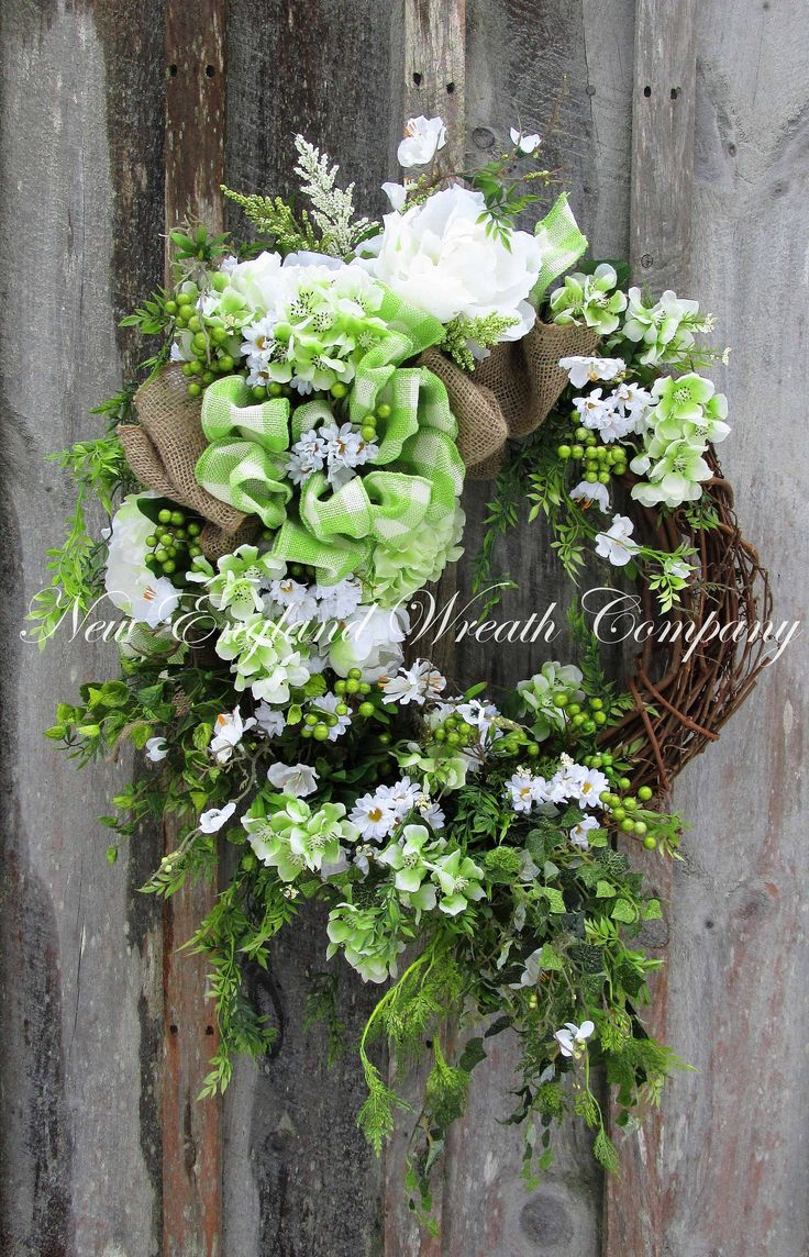 Essex Country House Wreath ~A New England Wreath Company Original~
