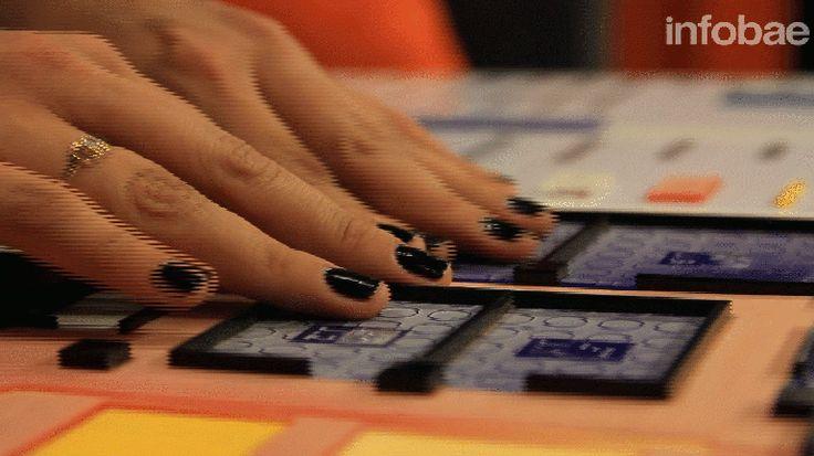 Un grupo de jóvenes emprendedores desarrollaron prototipos que brindan soluciones tecnológicas a personas no videntes. Los presentaron en exclusiva para Infobae  http://www.infobae.com/2015/11/13/1769428-4-inventos-que-ayudaran-personas-ciegas