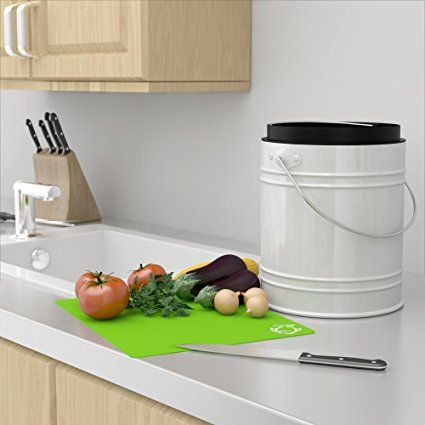 Oversized 1.3 Gallon Kitchen Compost Bin with Plastic Liner & Charcoal Filters In White/Black - Sturdy Construction & Odor-Free Seal To Prevent Bugs And Smell. Dishwasher Safe with No Assembly: Amazon.co.uk: Kitchen & Home