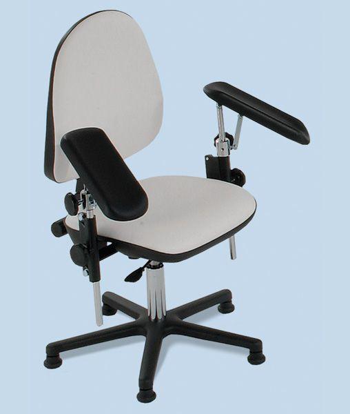 Chaise fauteuil de prélèvements pour centre de soin médical