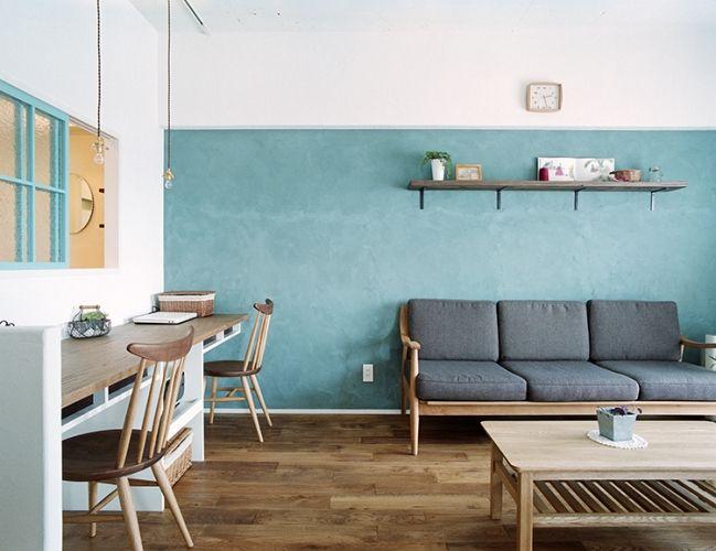 <p>オリーブグリーンの漆喰壁が印象的。ペンキの色壁よりもやさしいニュアンス。</p>