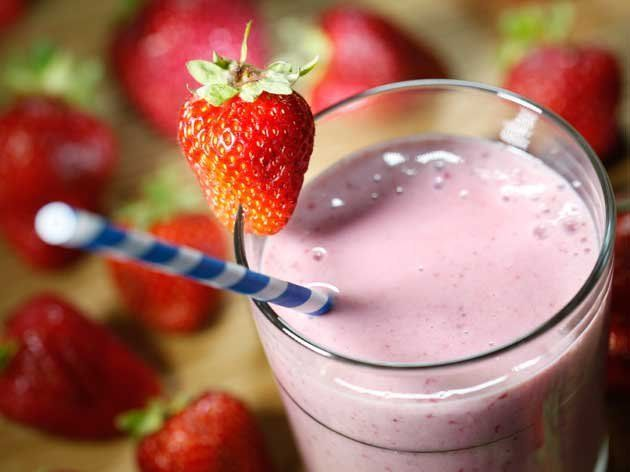 Did you know Silk® has a ton of Smoothie Solutions, like thisStraw-Nana Flip Smoothie?
