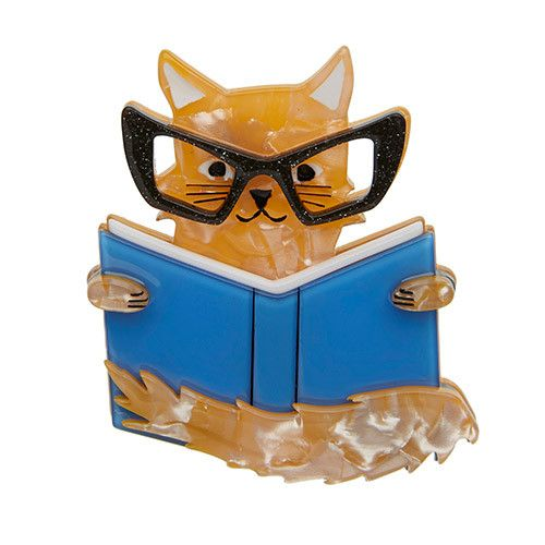 Puss in Books - 'If man could be crossed with the cat it would improve the man but it would deteriorate the cat.' Mark Twain was a smart guy.""