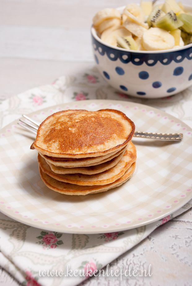 Goedemorgen: havermoutpannenkoekjes met yoghurt