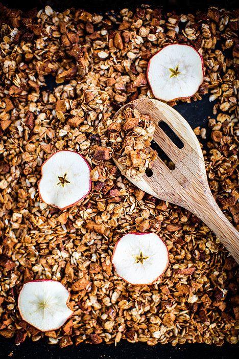 Jablečné müsli voní po skořici a krásně křupou; Greta Blumajerová