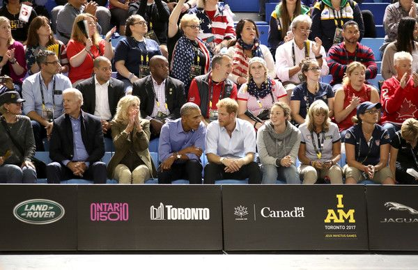 Prince Harry Photos - (L-R) Former Vice President of the U.S. Joe Biden, former second lady of the U.S. Jill Biden, former U.S. President Barack Obama and Prince Harry on day 7 of the Invictus Games 2017 on September 29, 2017 in Toronto, Canada. - Invictus Games Toronto 2017 - Day 7