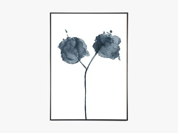Flora 02 Blue fra Trine Holbaek Designs