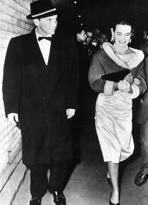 Gloria Vanderbilt and Frank Sinatra, 1954