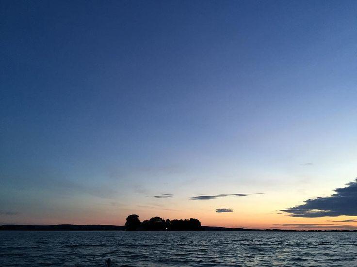 #Insel #Wilhelmstein im #SteinhuderMeer  #sunset #meinniedersachsen #Steinhude #cloudporn #boot  #pinterest #pic