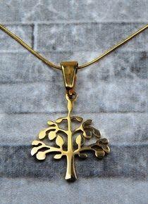 Collar de árbol dorado