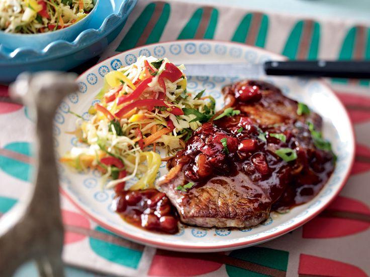 Steak met monkey gland-saus en chakalaka