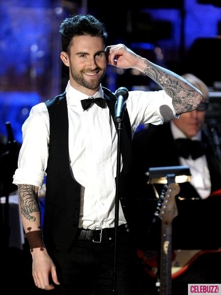 Adam Levine Height - How tall - Celebrity Heights