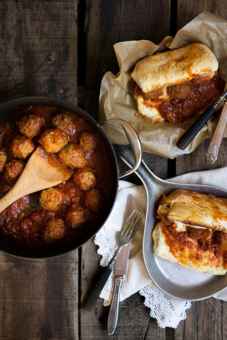 Meatball Marinara Sub Sandwiches  Get the full recipe! http://steakbytes.com/recipes/meatball-marinara-sub-sandwiches/