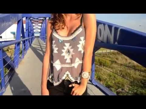 Moda online: Just Coco para dresslux Top azteca con pedrería Isabella
