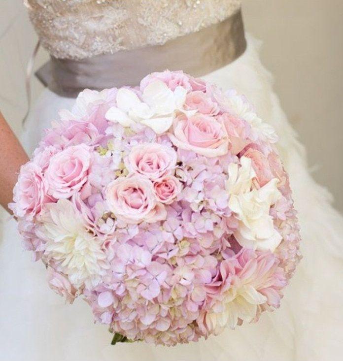 25 best ideas about lavender bouquet on pinterest lavender wedding bouquets purple wedding. Black Bedroom Furniture Sets. Home Design Ideas