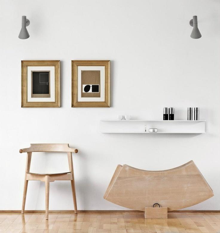 ALLOY SHELF IN WHITE. DESIGN: ERNST & JENSEN, DENMARK FOR ARTEFACT COPENHAGEN.