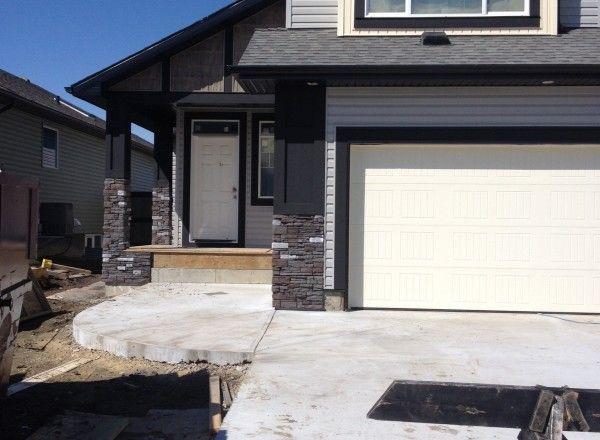 Ready Stack (Color: Colorado Rundle) for Palmer Homes Lethbridge