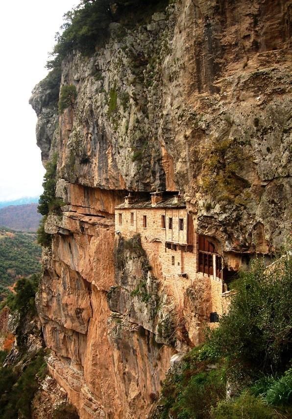 www.macedonievakantiehuis.nl  Kipina Monastery, Macedonia, Greece
