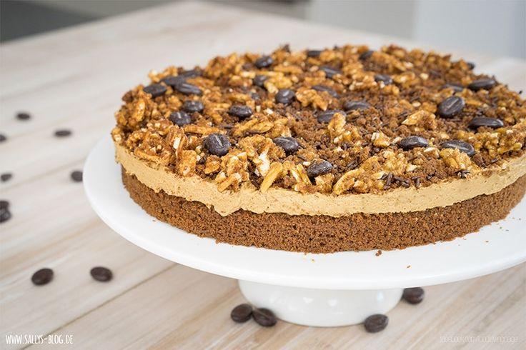 Zubereitung: 30 Min. Backzeit: 20 Min. Kühlzeit: 70 Min. Zutaten für einen 26 cm Kuchen: Teig: 2 Eier 100 g Zucker 1 Pr. Salz Vanilleextrakt...