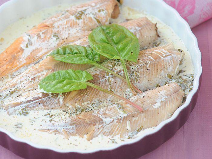 Découvrez La Recette Truite Saumonée à L Oseille Sur Cuisineactuelle Fr