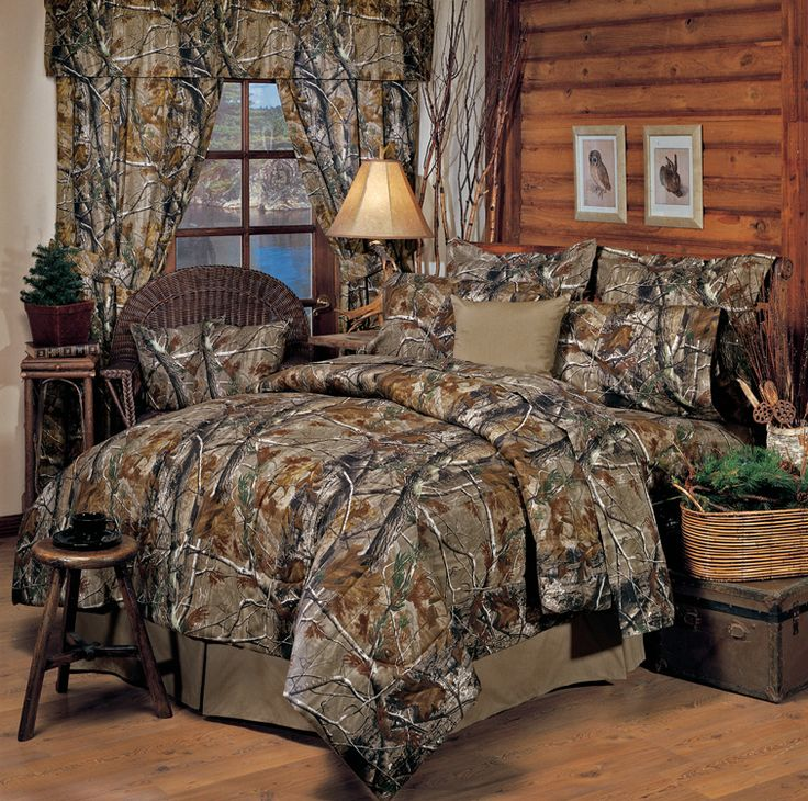 Camo Bedroom Bedding Set and with lamp and thick blanket