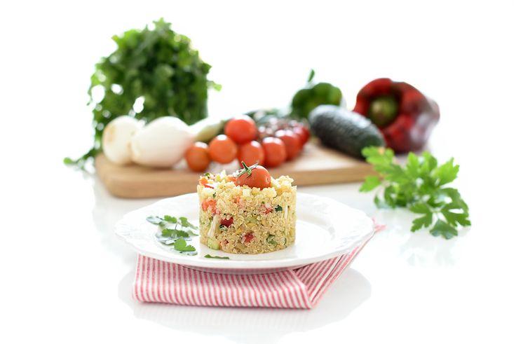 La quinoa es el superalimento de moda. Es una semilla que se consume como si fuese un cereal, con alto contenido en proteínas, saciante... con sabor a nuez.