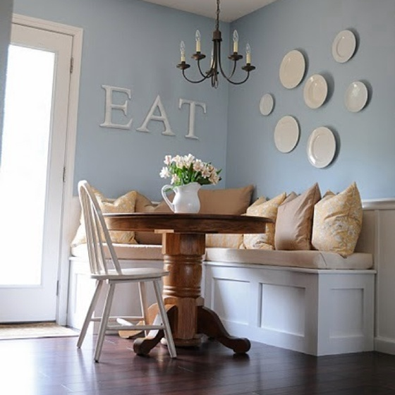 Creating The Perfect Breakfast Nook Table And Chairs Nooks And Breakfast Nooks