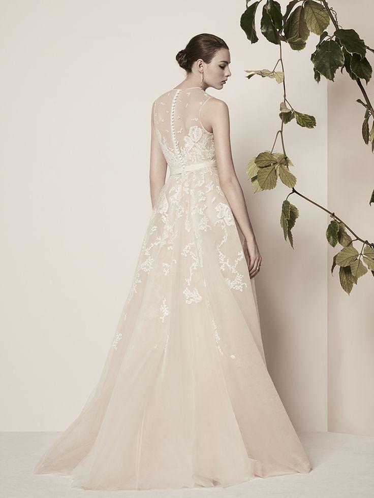 126 best elie saab ready to wear bridal images on pinterest elie saab bridal spring 2018 junglespirit Choice Image