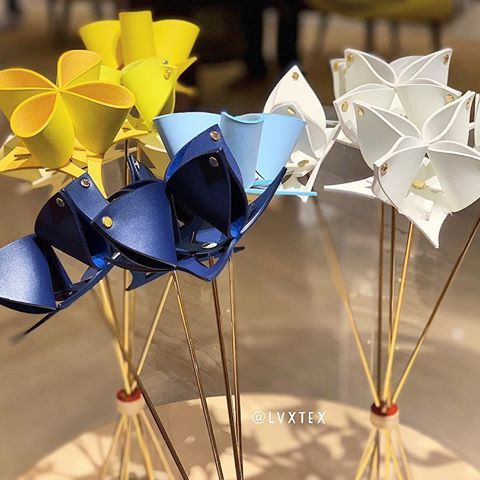 c14704fd05 louis vuitton origami flowers - Google Search | Louis vuitton in ...