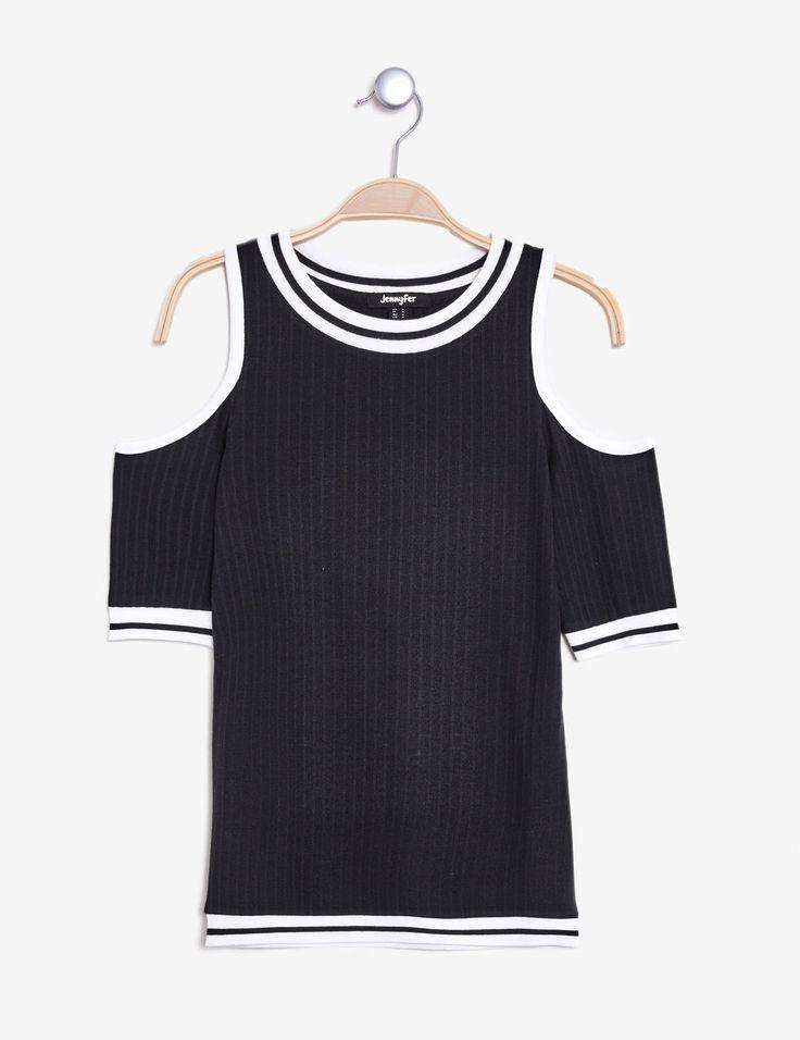 tee-shirt épaules ajourées noir et blanc - http://www.jennyfer.com/fr-fr/vetements/tops-et-tee-shirts/tee-shirt-epaules-ajourees-noir-et-blanc-10013404060.html