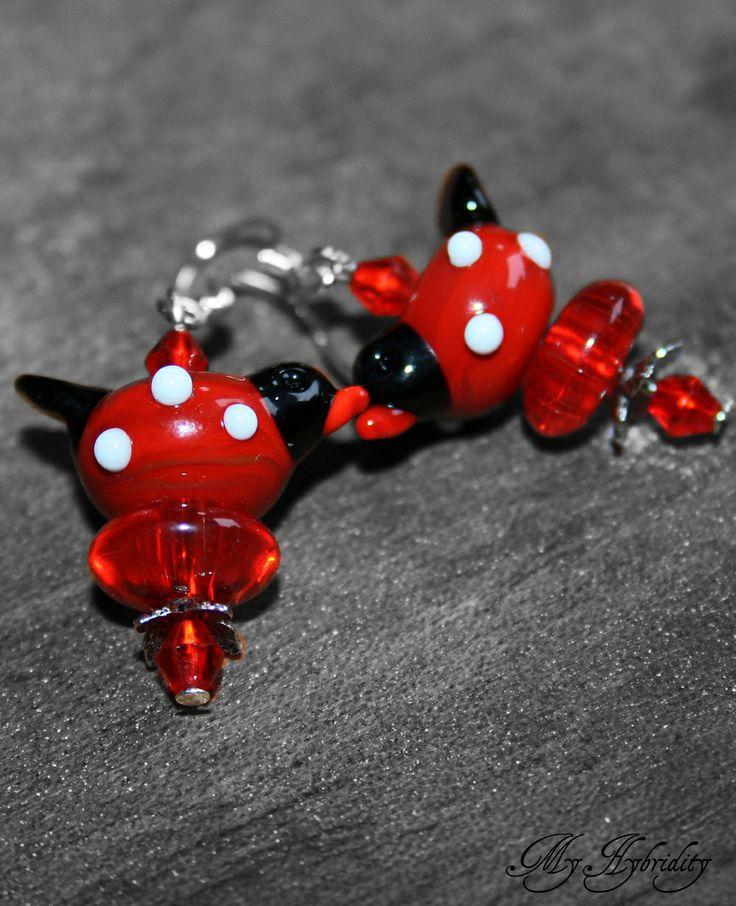 Red lampwork birds. Handmade glass earrings.