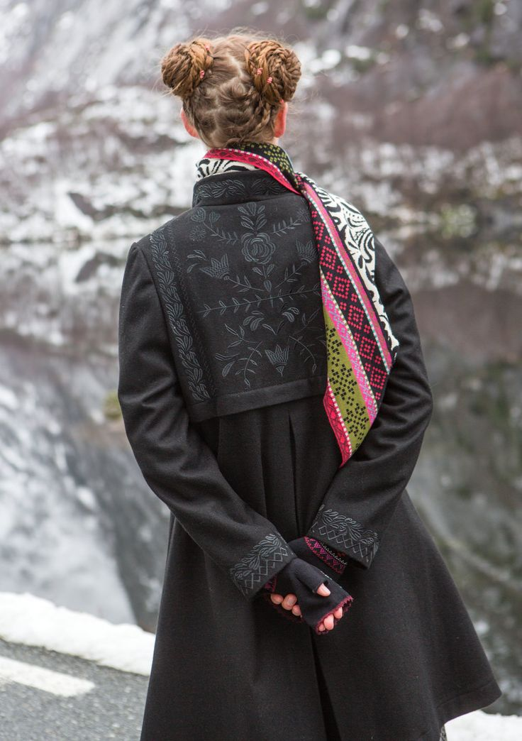 """""""Oda"""" coat in wool – Norway – GUDRUN SJÖDÉN – Webshop, mail order and boutiques 