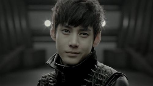 MYNAME Gunwoo♥ Not a bias. His ears are something else though.