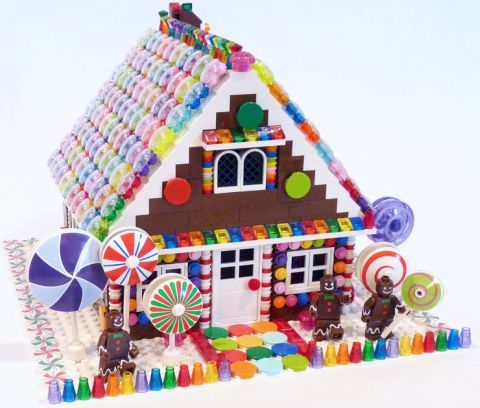 LEGO Gingerbread House by Evie