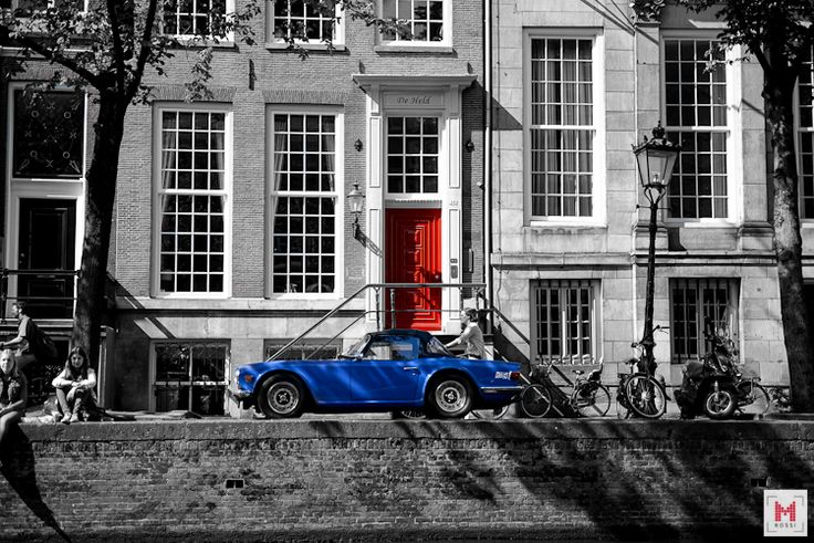 Red&Blue. Favourite colours of mine.