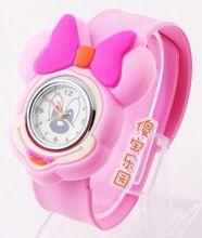 Минни розовый часы девушка мультфильм стол часы для студентов по уходу за детьми часы желе стол(China (Mainland))
