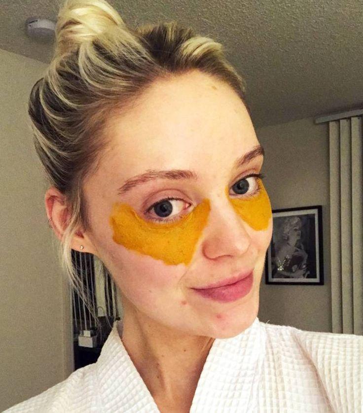This Viral DIY Turmeric Mask Cured My Dark Under-Eye ...