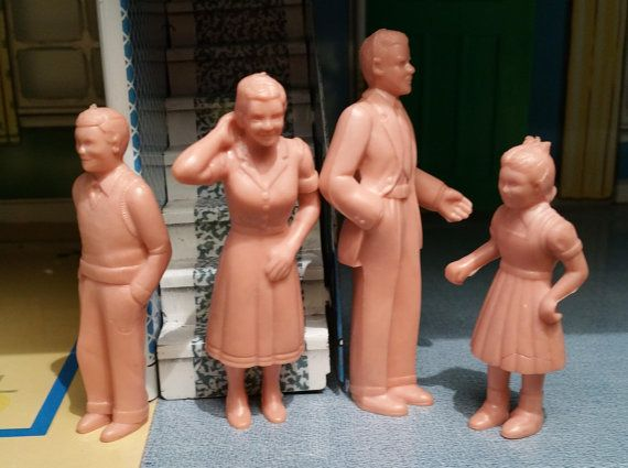 """MARX FAMILY, 1951, Flesh, """"Chubby"""", Vintage Dad, Mom, Brother, Sister Dollhouse Figures"""