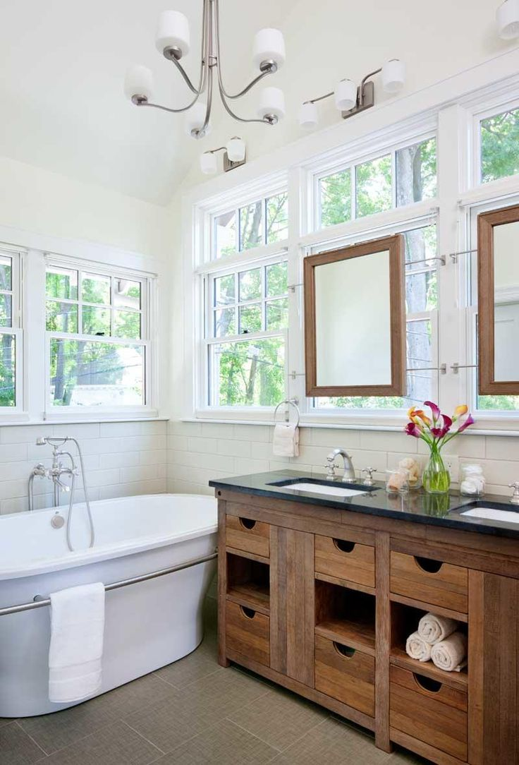 Best 20 craftsman bathroom ideas on pinterest for Bungalow bathroom designs