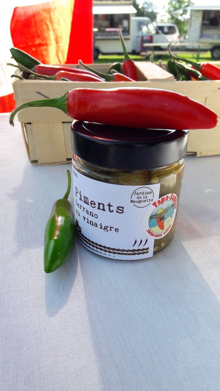 #piments #jalapeñoauvinaigre et #serranoauvinaigre #nontraité d'#Yvonand 🌶😍 en vente chez www.domaine-challandes.ch et dans la boutique www.sauces-swiss-mex.ch