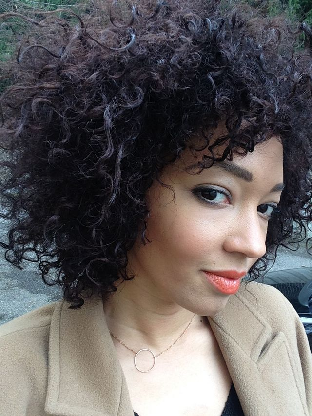 #afro #hair #cheveux #boucles #frisés #style #hairstyle #nappy #selfie #curly #curls #colored #color #dyed #dye  #Bighair #big #long #bigen #test #chocolate #saigon #summer #mac #Lips #orange #lipstick #rouge #maquillage #makeup #brows #draw #perfect #highlighter #contour #contouring