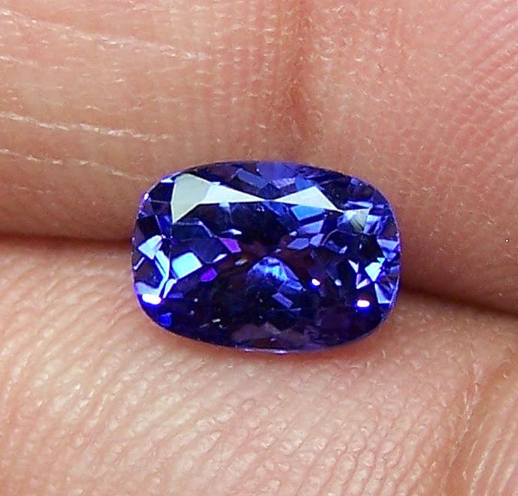 1.76 Cts Cornflower Blue Tanzanite Long Cushion D Block AAA Natural Gemstone > Rich Blue >For Engagement RingPendantBracelet