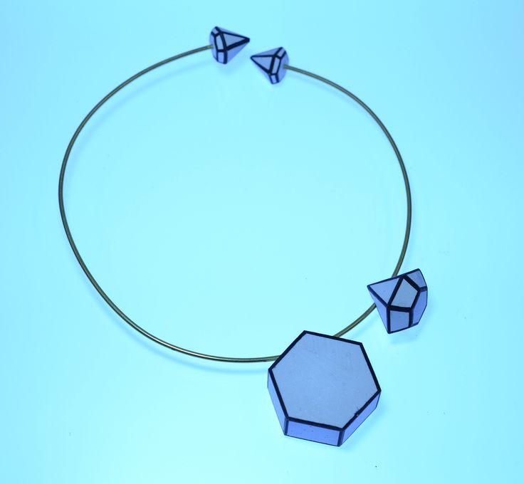 Ishtar Liljefors. Jesmonite & brass necklace.