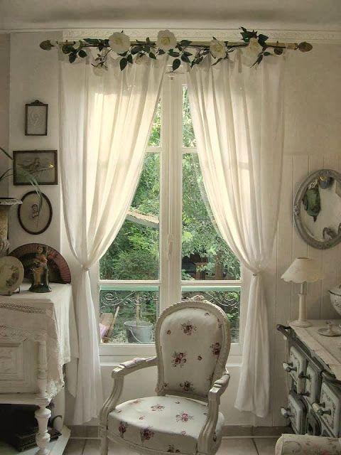 Dicas do mundo da criatividade delicadezas nas janelas for Cantonniere shabby chic